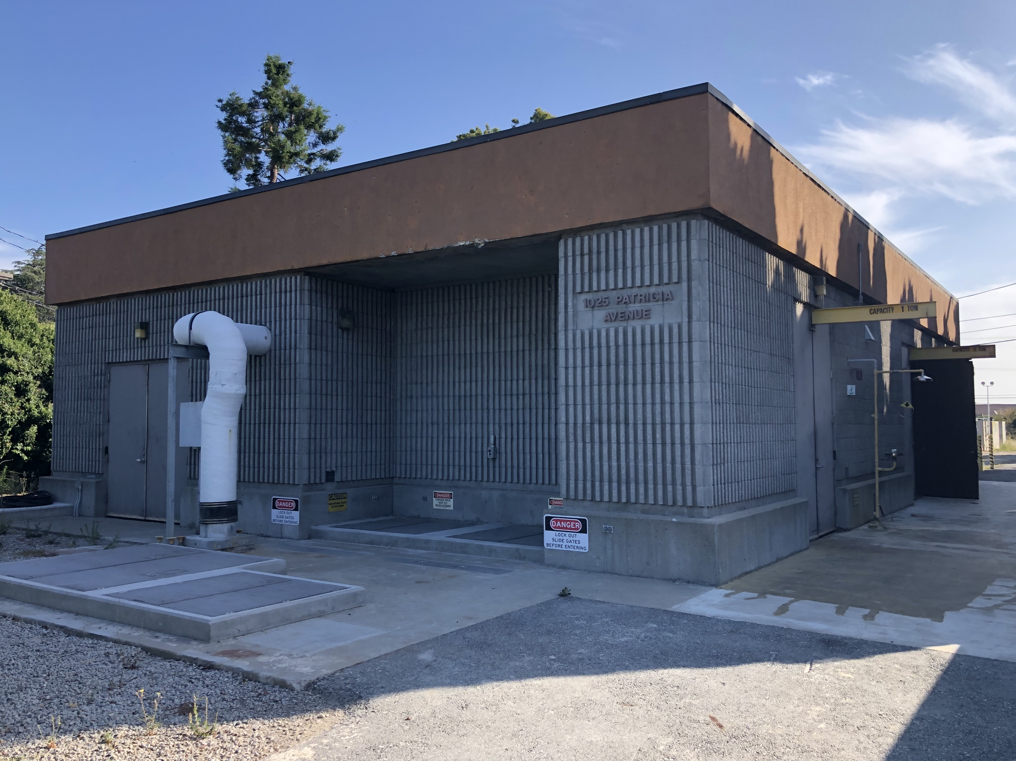 Exterior of Dale Avenue Pump Station